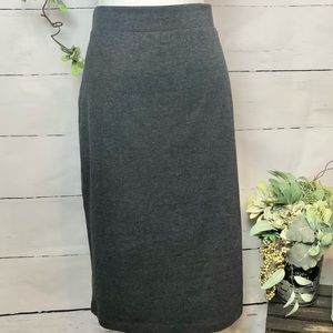 Midi grey skirt with elastic waistband
